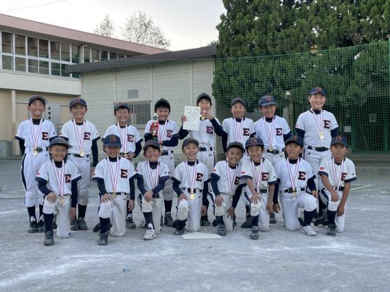 スポーツ少年団 秋季大会 金メダル授与!!